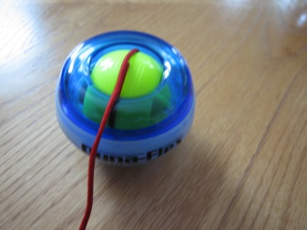 Product Review: Dynaflex Powerball Gyro Exerciser ...